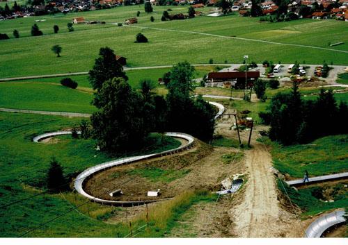 images/geschichte/1998_Bau_sommerrodelbahn.jpg
